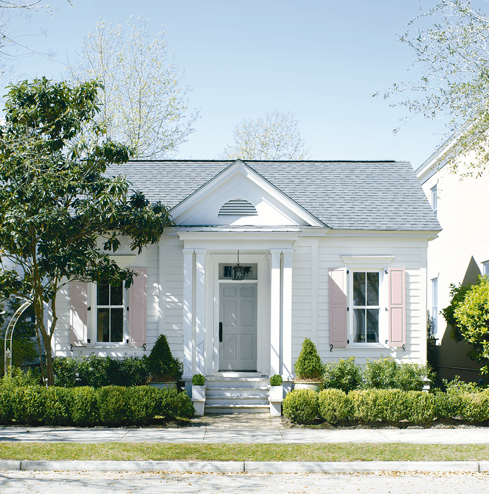 Exterior Paint in Lindenhurst, New York - Bak & Vogel Paint - Benjamin Moore Authorized Retailer